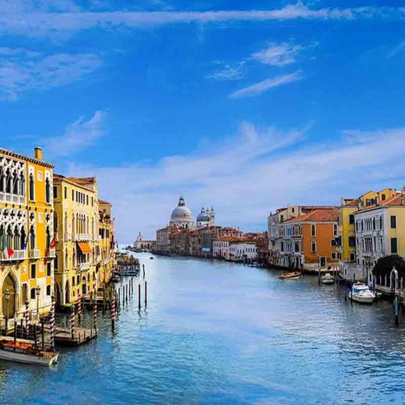 Venetië in Italië - bieden op een vakantie bij Vriendenprijsreizen